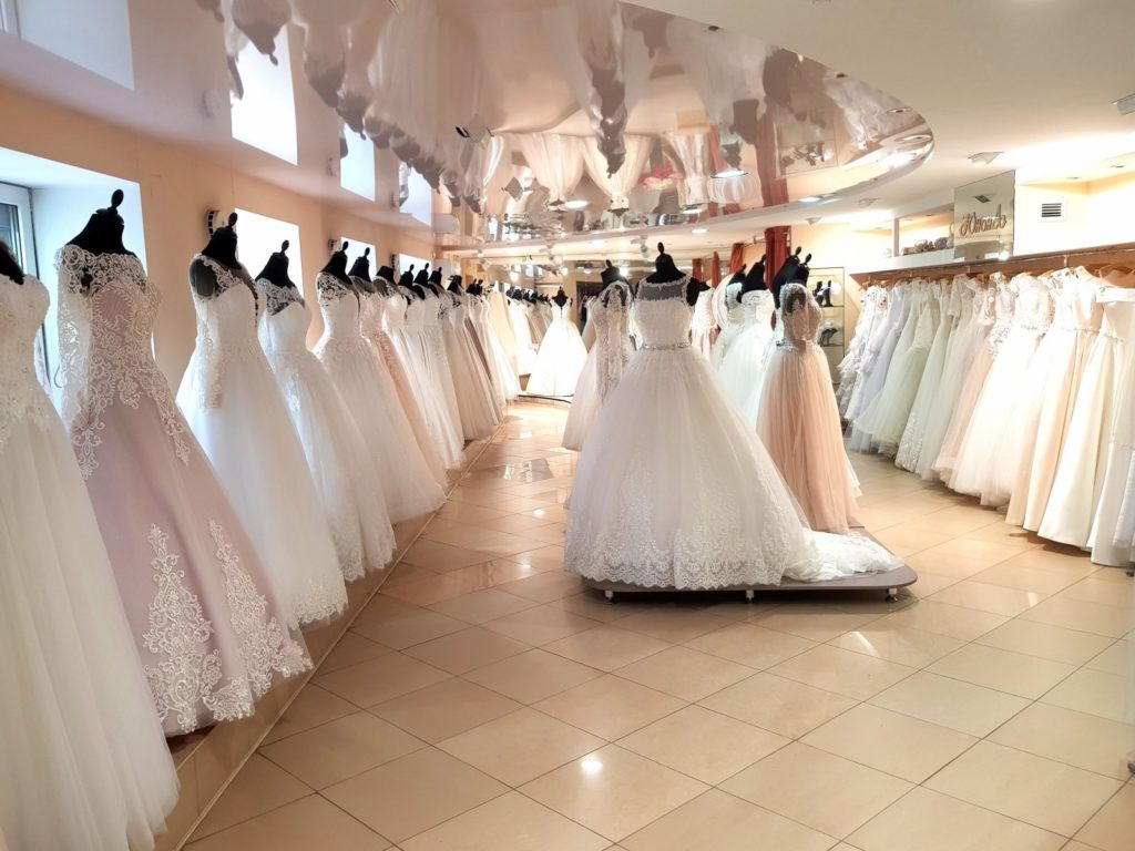 емаил адреса свадебных салонов
